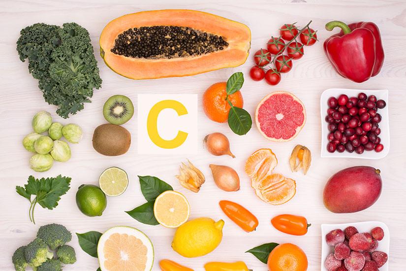 16 alimentos ricos en vitamina c para tu salud - campos de azahar